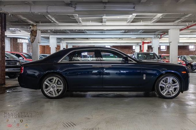 Pre-Owned 2017 Rolls-Royce Ghost