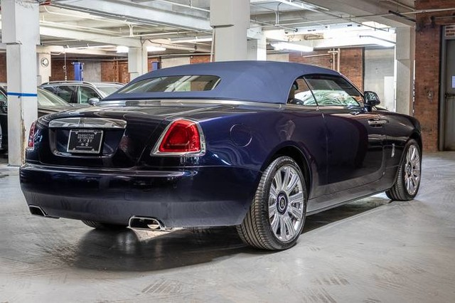 Pre-Owned 2017 Rolls-Royce Dawn