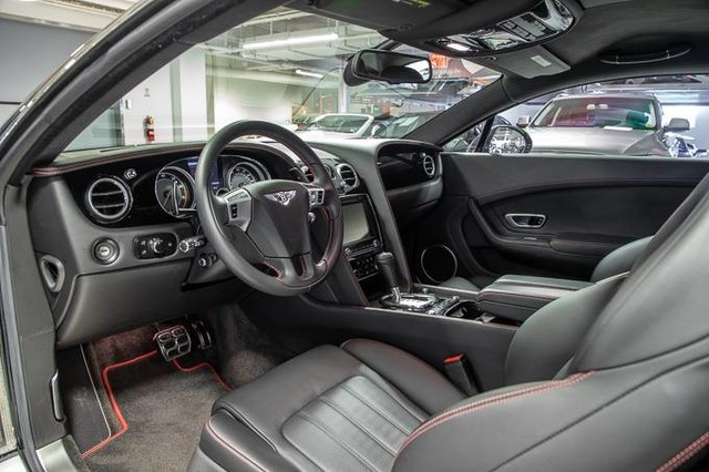Pre-Owned 2015 Bentley Continental GT V8