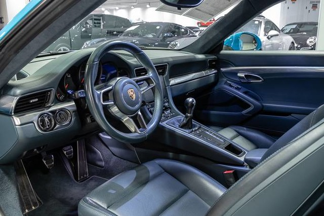 Certified Pre-Owned 2017 Porsche 911 Carrera
