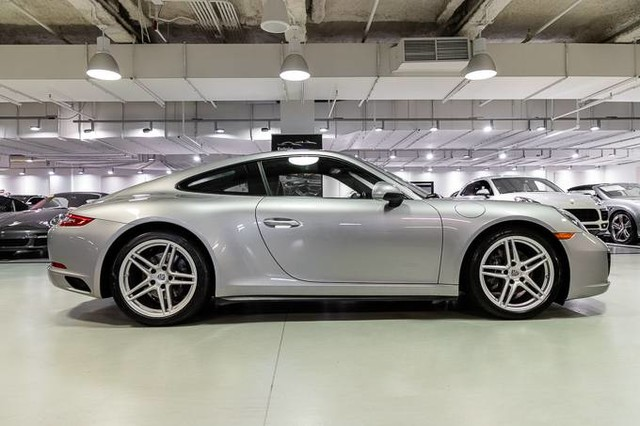 Certified Pre-Owned 2017 Porsche 911 Carrera 4