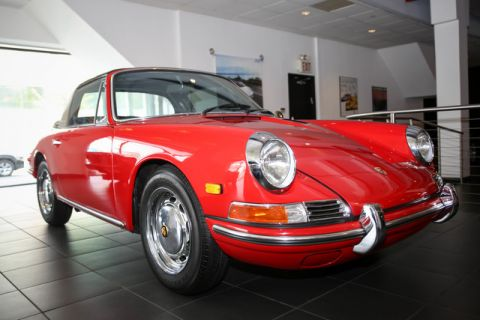 Pre-Owned 1968 Porsche 912 Targa Soft Window